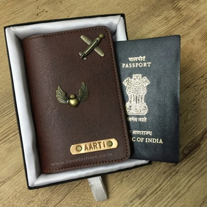 Shaded Chocolate Brown Passport Cover (Vintage)