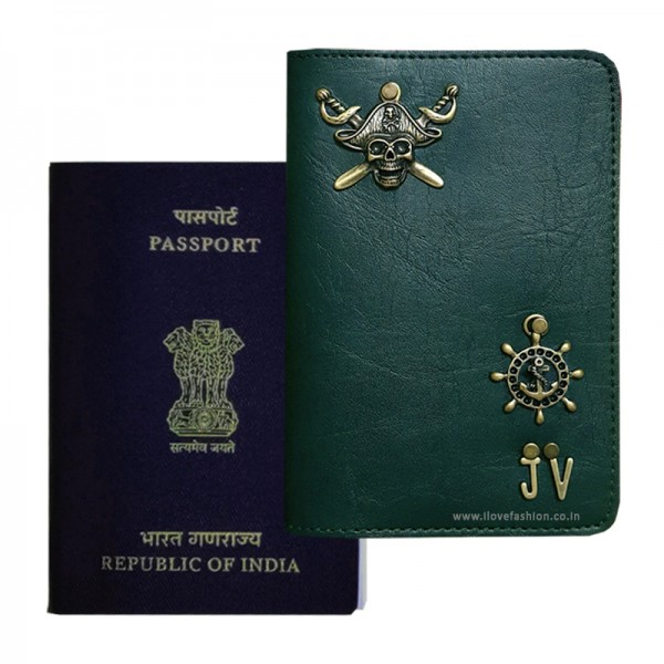Dark Green Passport Cover (Vintage)